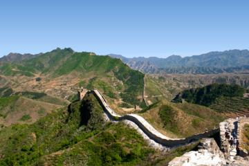 Private Full-Day Gubeikou to Jinshanling Great Wall Hiking Tour