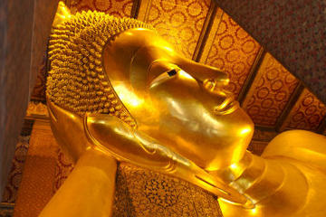 Private Tour: Bangkok Temples including reclining Buddha at Wat Pho