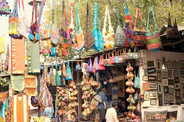 Private Tour: Experience Delhi's Bustling Markets