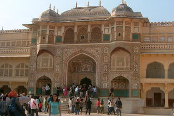 Private Tour: Half-Day Jaipur City Tour of Amber Fort with Elephant Ride
