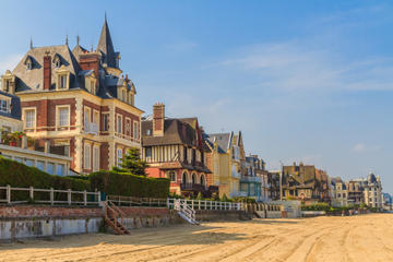 Private Tour: Honfleur, Deauville and Trouville Day Trip from Bayeux