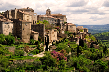 Private Tour: Luberon Bike Ride from Avignon Including Picnic Lunch and Provence Wine Tasting