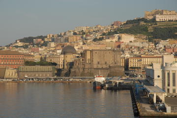 Private Tour: Naples Walking Tour with Typical Lunch