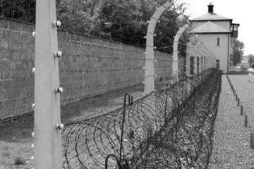 Private Tour: Sachsenhausen Concentration Camp from Berlin