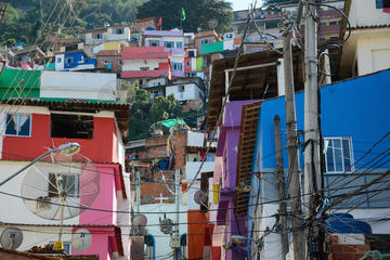 Private Tour: Santa Marta Favela with a Professional Photographer