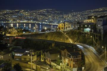 Private Tour: Valparaiso at Night Including Boat Ride and Dinner