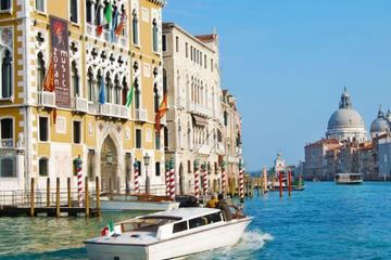 Private Tour: Venice Family Fun Boat Experience