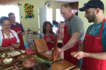 Puerto Valarta Cooking Class: Market Shopping, Lesson and Tastings