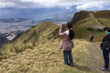 Quito City Tour Including Teleférico and Horse Ride Tour