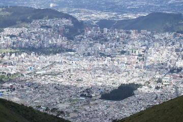 Quito Market Tour and Pichincha Cable Car Ride