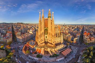 Sagrada Familia Facades Private Tour with Independent Interior Visit