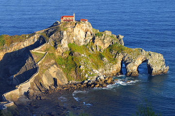 San Juan de Gaztelugatxe and Wine Cellar Private Tour from Bilbao