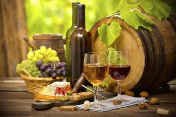 Santorini Shore Excursion: Private Wine Tasting and Vineyard Tour