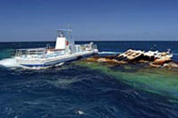 Seaworld Explorer Semi-Submarine