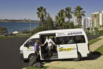 Shared Arrival Transfer: Brisbane Airport to the Sunshine Coast