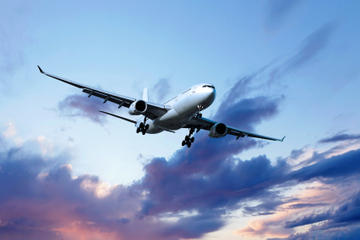 Shared Departure Transfer: Hotel to Bariloche Airport