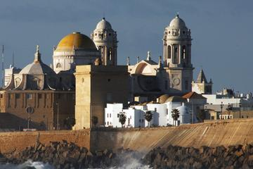 Sightseeing Day-Trip from Seville to Cadiz and Jerez