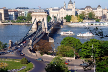 Small-Group Day Tour to Budapest from Vienna