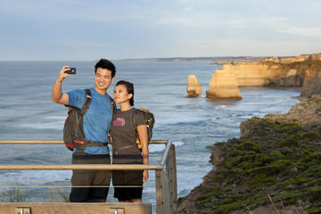 Small-Group Great Ocean Road Tour with Eureka Skydeck and Edge Experience