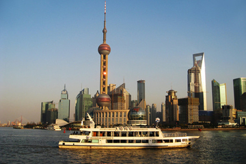 Small-Group Shanghai Sightseeing Tour, River Cruise and Wonton-Making Lesson