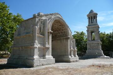 Small group tour Saint Rémy de Provence, Arles and Les Baux de Provence from Avignon