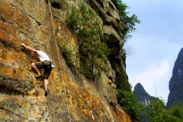 Small-Group Yangshuo Rock-Climbing Adventure