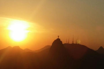 Sunset at Sugar Loaf and Corcovado Mountain Tour