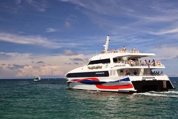 Surat Thani Airport to Koh Phangan Including Shared Van and High Speed Catamaran