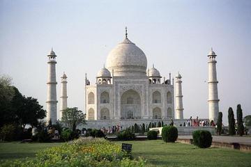 Taj Mahal Small-Group Day Trip