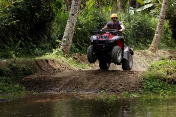 Ubud ATV Ride and Ritual Bathing at Tirta Empul Temple