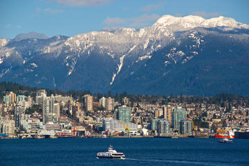 Vancouver Winter Tour Including Capilano Suspension Bridge