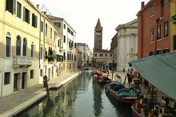 Venice Small Group Walking Tour with Saint Mark's Basilica