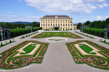 Vienna Historical City Tour with Schonbrunn Palace Visit