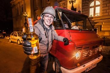 Warsaw Night Tour and Bar Crawl by Communist-Era Fire Engine