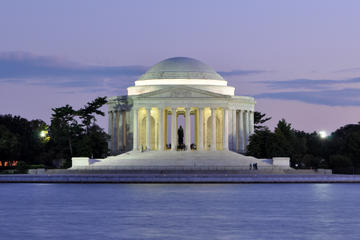 Washington DC Memorials by Moonlight Around the Tidal Basin Walking Tour