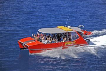 Whitsundays Full-Day Cruise by High-Speed Catamaran