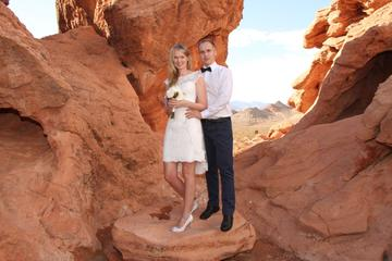 Wild Horse Canyon Wedding with Luxury Transportation and Photographer