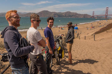 Wild SF: Great Parks and Beaches Bike Tour Including Lunch