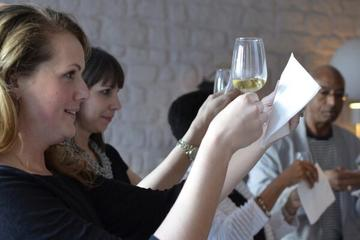 Wine Tasting Session in Paris with Expert Sommelier