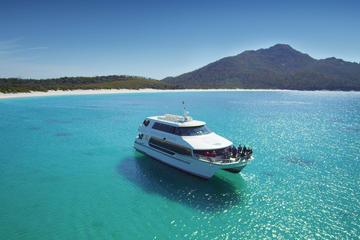 Wineglass Bay Cruise - Sky Lounge